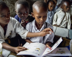 Providing the Msafiri English Medium Primary School with textbooks
